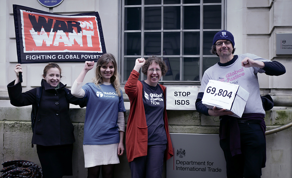 ISDS petition hand in